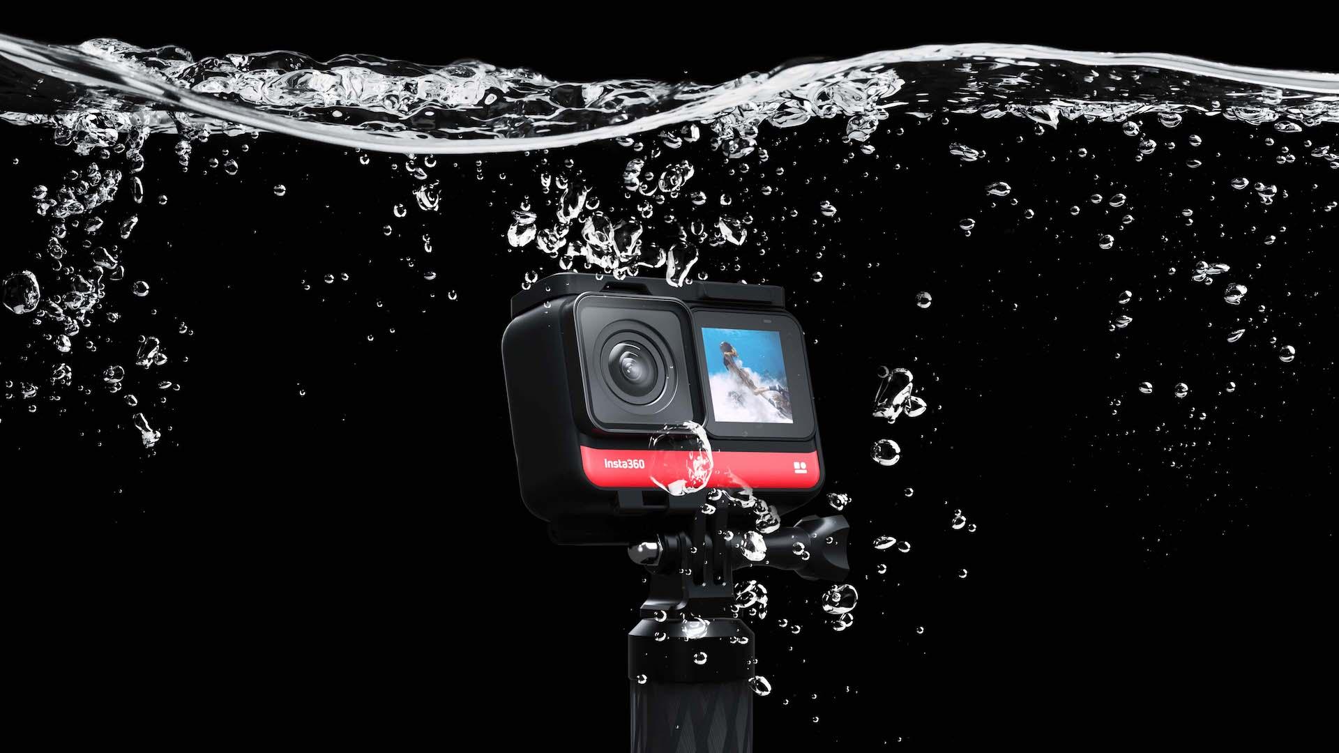 Kamera ONE R pod wodą